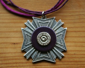 Military Medal Pendant in Steel and Violet
