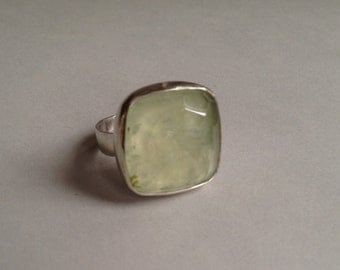 Sterling silver and faceted phrenite ring
