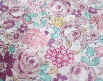 Roses and Daisies in Purple - Floral Fabric - Fat Quarter