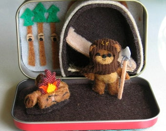 Ewok miniature felt Star Wars character stuffed animal playset in Altoid tin with bed campfire and spear