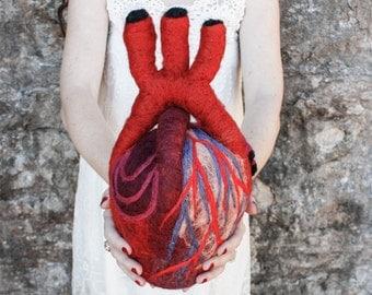 HeartFelt (XL) - Anatomical Heart - Needle Felted Organ