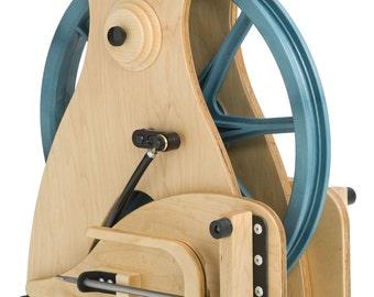 Sidekick Spinning Wheel- an innovative travel wheel from Schacht