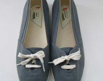 Easy Spirit Blue Washed Canvas Shoes
