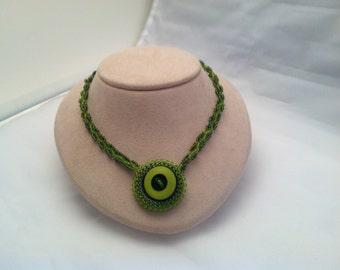 Art Deco Emerald Green Button Pendant Necklace
