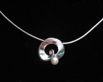 Sterling Silver Necklace with 5mm White Freshwater Pearl
