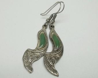 Vintage antiqued silver green jade earrings,green jade earrings,antiqued silver earrings,green jade,silver,women,teens, costume, parties,