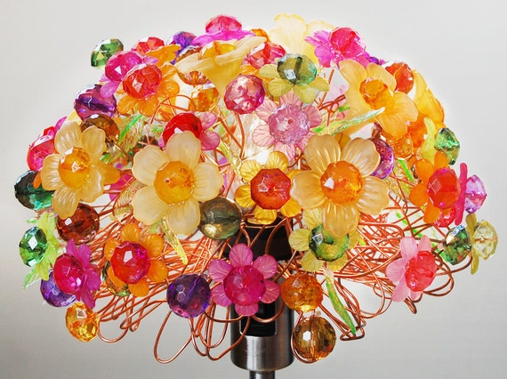 Lazy Daisy Floral Table Lamp