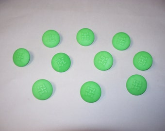 10 Green, Shank Buttons, Lot 2282 (Free US Shipping)