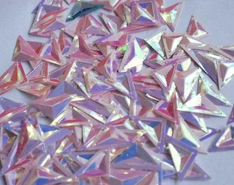 25 pcs  sequins.......Pearl Pink color Triangle shape/KBTS331