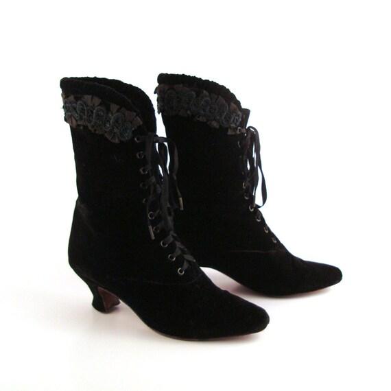 black granny boots vintage 1980s lew magram velvet lace up