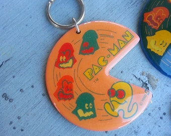 Rare 1980 Midway 3 Inch PACMAN Keychain in PEACH or ORANGE
