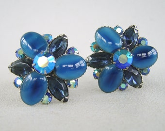 Vintage Beaujewels Blue Glass Rhinestone Earrings Clip On