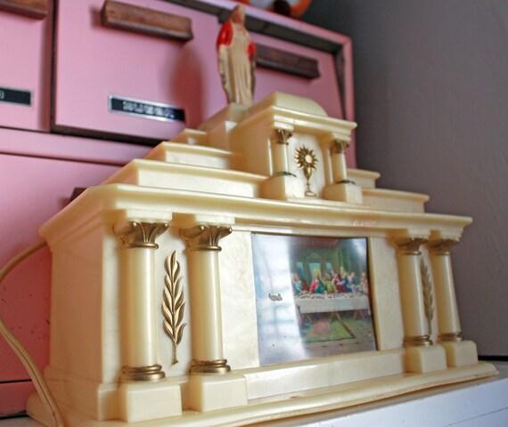 Catholic Altars For Sale: Vintage Glolite Plastic Light-up Altar With Jesus By