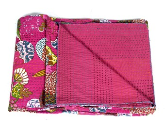 Twin Size Bedcover in Hot PInk - Throw - Katha quilts - Reversible Quilt - Quilted bedcovers - Floral Quilt - Spring Collection Quilts