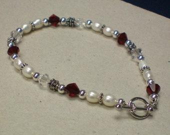 Bracelet Freshwater Pearls & Crystals
