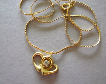 Vintage gold joined hearts necklace with clear crystal (S4)