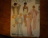 McCalls Pattern 4608 Sizes 18 - 20 Uncut