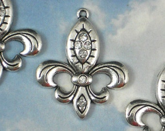 4 Rhinestone Silver Fleur de Lis Silver - NOLA Ragin Cajuns Ou La La (P041)