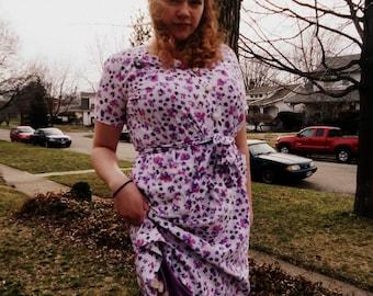 Vintage 1940s Violet floral dress. 40s Day Dress