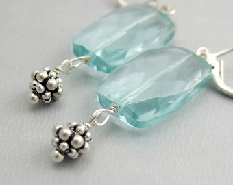Earrings with a Blue Glass Faceted Rectangle and Daisy Beads HE-219