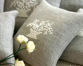 linen lavender sachets - wedding favor- wedding shower favor - bridesmaids gifts