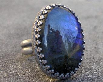 Labradorite Ring - Blue Labradorite Ring - Fancy Bezel Labradorite Silver Ring - Blue Labradorite Oval Cabochon Sterling Ring - US Size 7