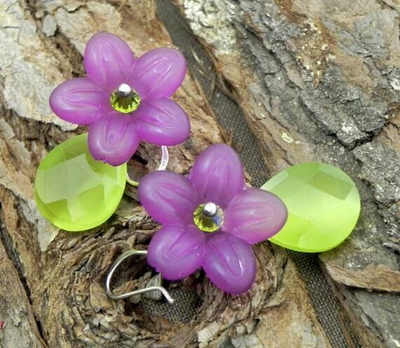 Dangle Flower Earrings - Plum and green glass flowers - Sterling Silver earwires