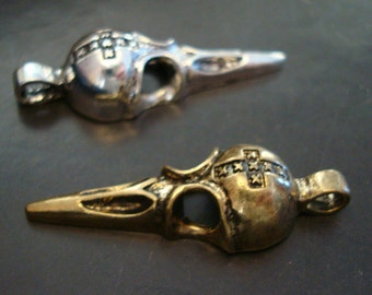1 Cross Bird Skull Pendant, Gothic Necklace Supply, Bronze Ox Or Silver Ox Finish, Sturdy Ring
