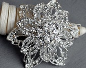 SALE Rhinestone Brooch Pin Crystal Pearl Bridal Wedding Brooch Bouquet Hair Comb Shoe Clip Cake Invitation Decoration BR071
