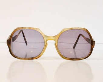 Vintage Women's Large Sunglasses or eyeglasses frame by Diane von Furstenberg