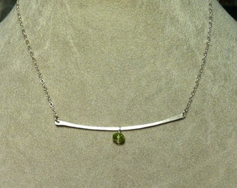 Hammered Silver Bar Necklace with Peridot