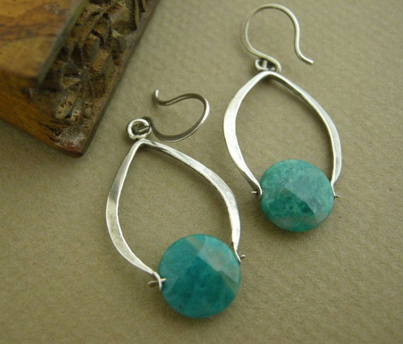 Artisan Brushed Silver Swinging Hope Stone Earrings stringofblue