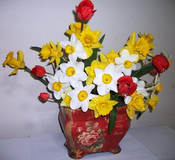 Flower Bulb Gift Baskets : Flowering bulb basket ready to bloom plant lovers gift