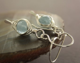 Pale blue aquamarine sterling silver earrings with herringbone wrapping - Aquamarine earrings - Dangle earrings - Gemstone earrings - ER002