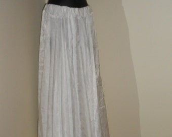 Egyptian Fusion Bellydance White Professional 7 Yard Circle Skirt- 022