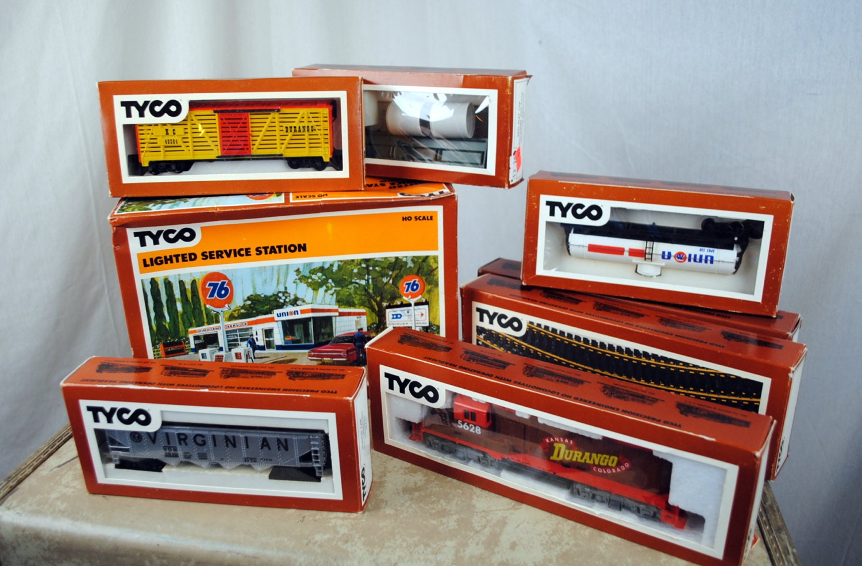 G Scale Christmas Train Set