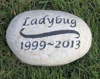 Personalized Dog Pet Memorial Grave Stone Headstone Memorial Pet Stone Grave Marker 6-7 Inch