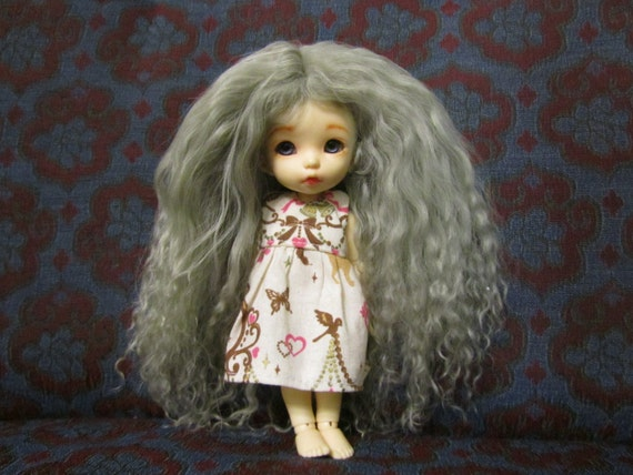 Silver Grey mohair wig for Pukifee / Lati Yellow / other small doll or Monster High doll