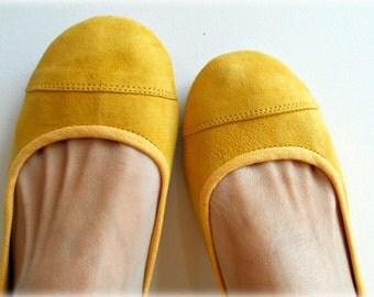 LUNAR- Ballet Flats - Suede Shoes - 39 - Lemon Zest. Available in different sizes