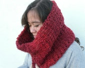 Cranberry Red Scarf * Crochet Thick Cowl For Men / Women * by Tejidos on Etsy * Ombre Red Infinity * Med to XL & Ready to Ship