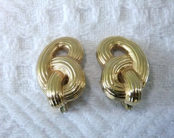 Vintage Earrings Clip On Monet Knot Goldtone Signed Designer Costume Jewelry