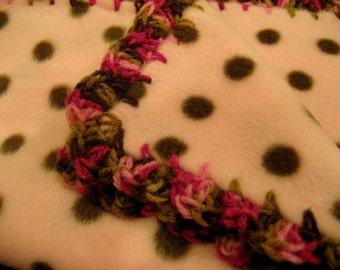 Polka Dot Print Fleece Baby Girl Blanket With Pink & Brown Variegated Shell Crochet Edge