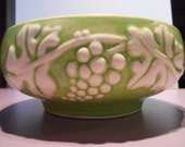 Vintage USA Haeger bowl, green with grapes