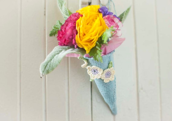 Items Similar To Tussie Mussie Crochet Flower Cone Wedding Decor On Etsy