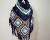 Shawl Motif style color of Blue