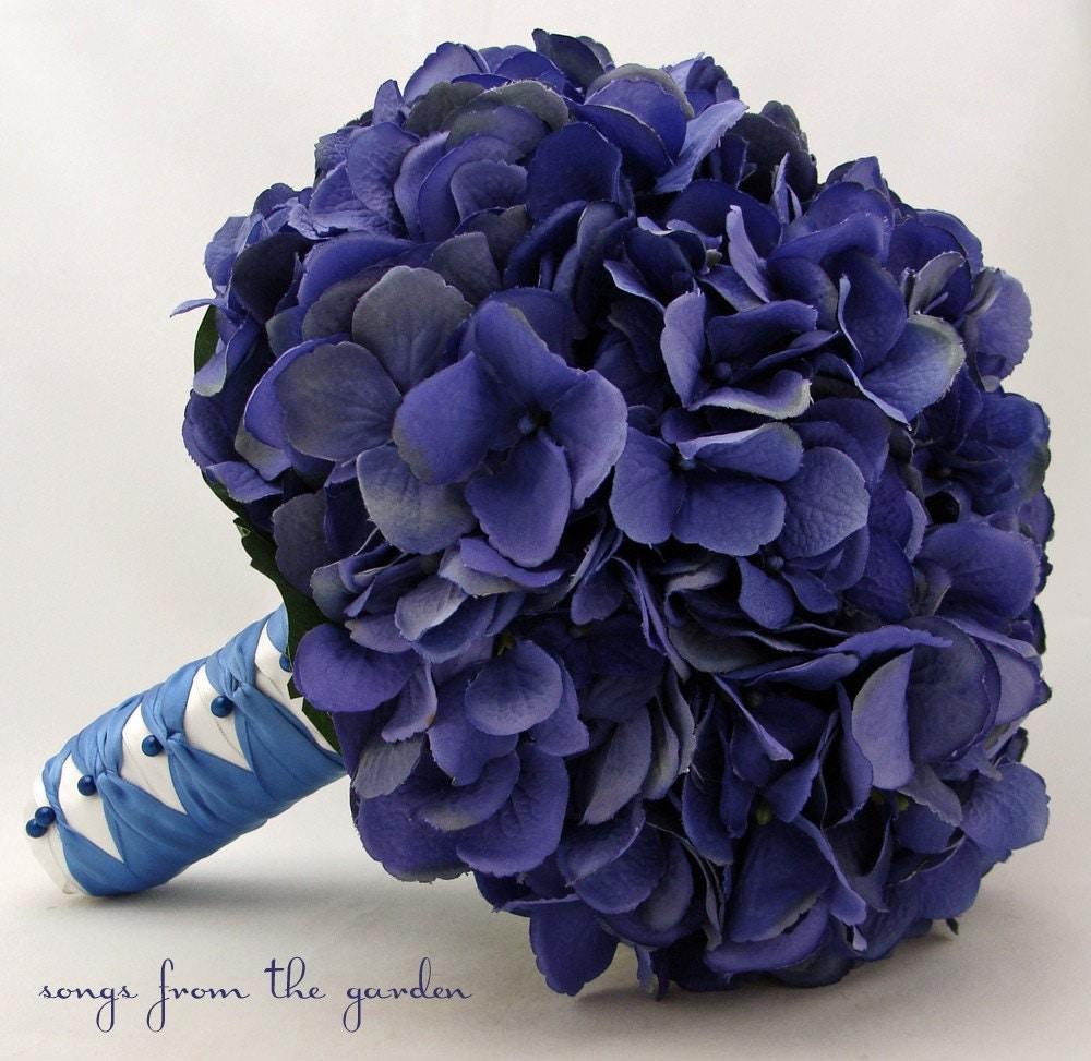 wedding bouquet blue silk hydrangea groom 39 s boutonniere. Black Bedroom Furniture Sets. Home Design Ideas