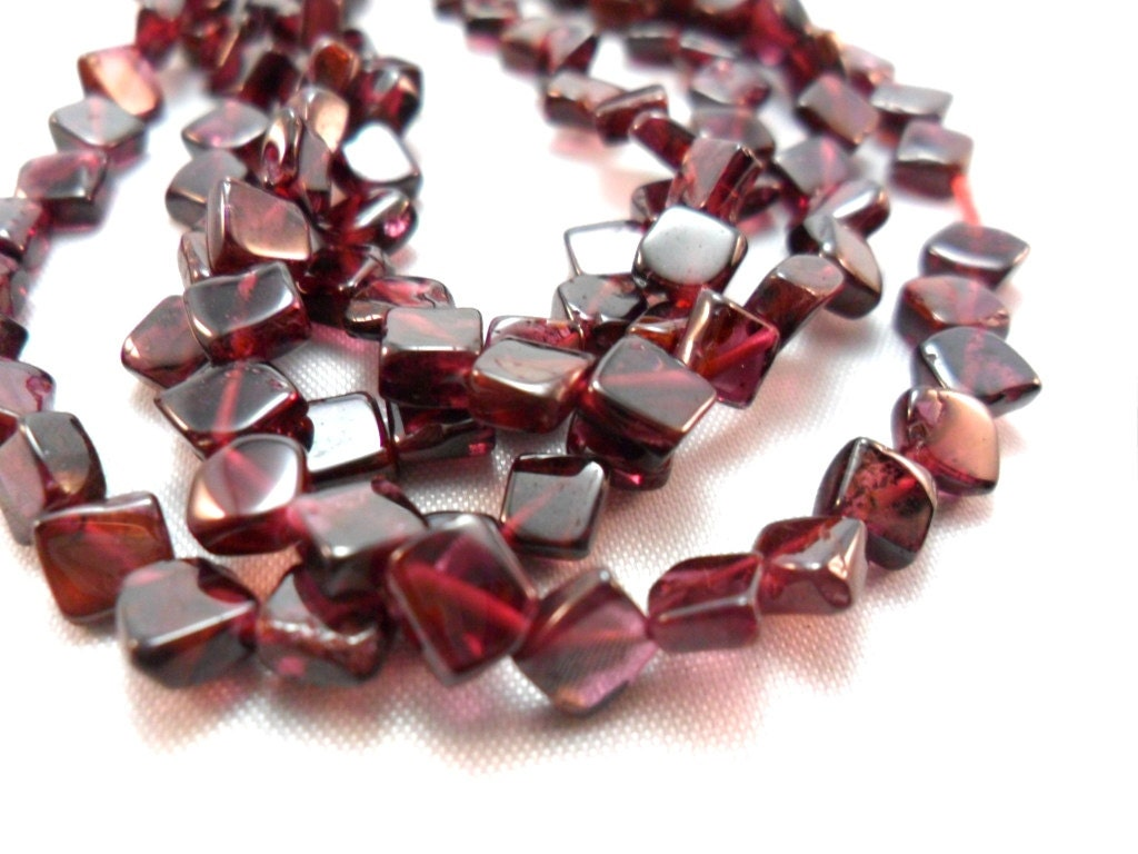 gemstone bead garnet shape semi by