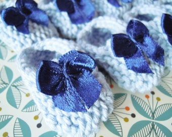 Baby shower decorations for boys: 4 pairs of little hand knit powder/ light blue baby shoes with navy bows - 2 inches - DECORATION SIZE ONLY