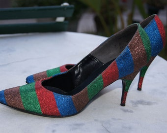 Vintage 50s 60s Heels  / 1950s 1960s Multicolored Metallic Striped Fabric High Heels by Qualicraft  / Sparkly High Heel Pumps Sz7