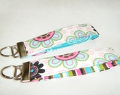 Key Fob Large Flowers with Pink